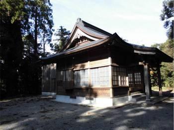 日向市東郷町10 羽坂神社 ご社殿3.jpg