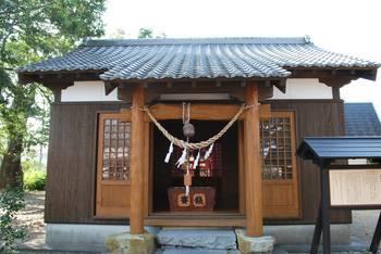 高鍋町4 稲荷神社(いなりじんじゃ)高鍋町 ご社殿3.jpg